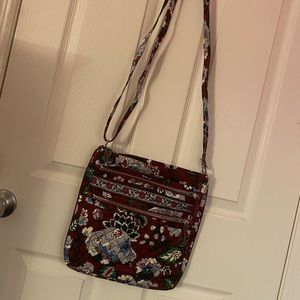 Vera Bradley Hipster in Bordeaux Blossoms